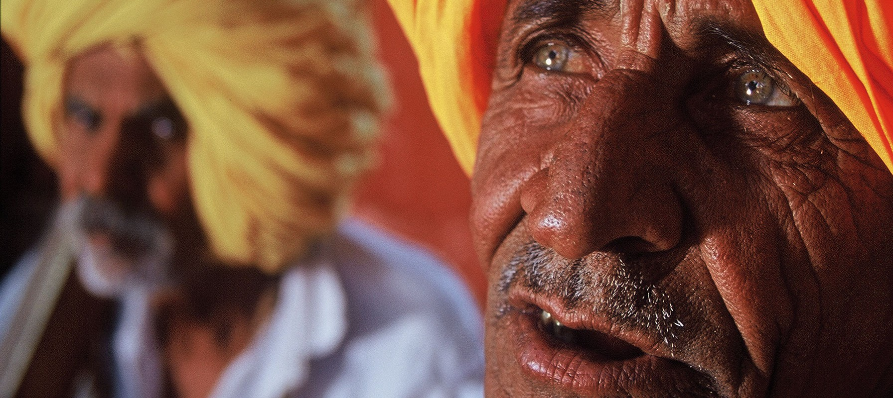 m_cu_old-man-orange-turban