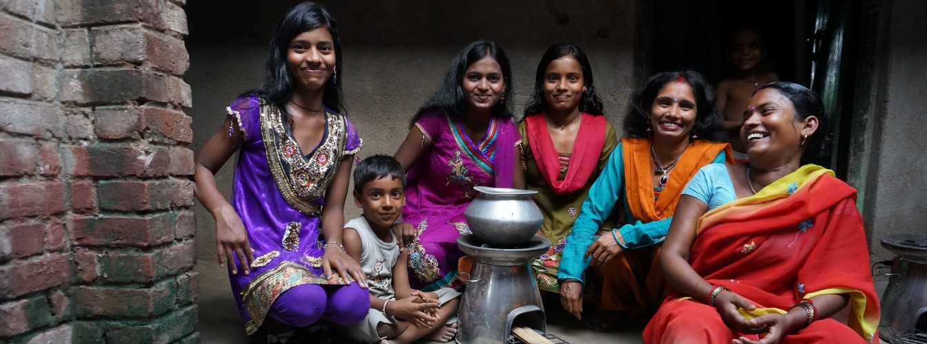 Family_India_HomeStove_Users